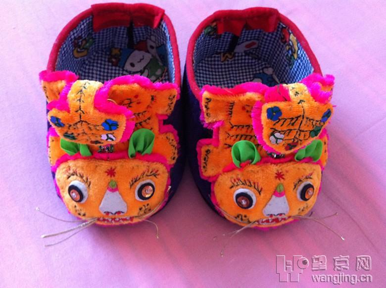 纯手工制作的小鞋子,简直就是工艺品